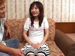 Asiática peluda antes de Anal