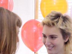 Coños peludos australianos, Amateur lesbianas australianas Obtén coños peludos dedos y lamió