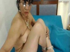 Madura Colombiana de 51 anos muy sabrosa y bien arrecha. Madura Colombiana de 51 anos muy sabrosa y bien arrecha
