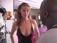 Sexo interracial con la tetona Rachel lluvias