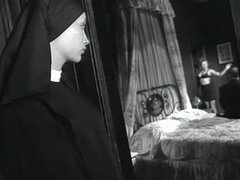 Pareja follar mientras monja
