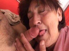 Follando hardcore para una abuela Chubby en Vid porno Granny
