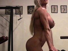 Estrella Muscular Ashlee Cámaras Desnuda en el Gimnasio