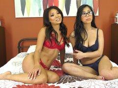 Ayumi Anime y Kush Jade gancho para arriba para un juego de lesbianas caliente - Ayumi Anime, Kush Jade