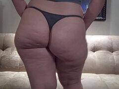 Gran culo BKSTRTBOY2K en tanga Sexy Tease Chubby