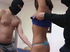 Natalia Ruso obtiene desnuda para un juegos de sexo amigas cachondas - Natalia Ruso, X de Rey Misterio, Valentina SW