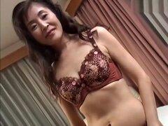 Mejor chica japonesa en bragas loca, escena de MILFs JAV