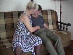 Lena joven amigo se la folla en las medias madura abuela porno maduras viejas corridas corridas