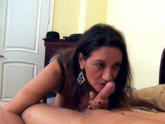 Mujer madura exótica Persia Monir da titjob y mamada