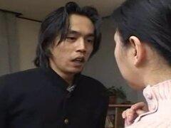 Japonesa madre a amigo tomado por hijo