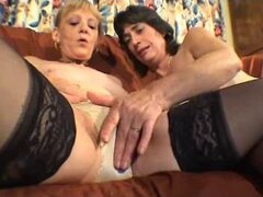 bragas mojadas lesbianas maduras
