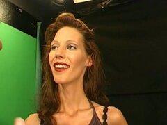 """ExtremeBukkake Video: Mi vida es llena de CUM, poco después de su primera aparición en la escena porno, VIKTORIA posee una multitud de simpatizantes. """"My ex novio era un completo perdedor - ser actriz porno ahora conseguir exactamente el sexo duro t"""