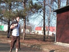 Chicos de la caravana - Handjob con Artus Kopal