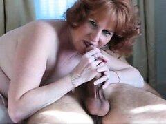 Cougar madura pelirroja caliente succionando a Ruthann 1fuckdatecom