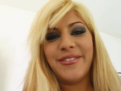 Cutie super caliente disfruta de Chaney cum dentro recibiendo creampie en todo interno, Super hot cutie goza de Chaney cum dentro subirse todos interna creampie