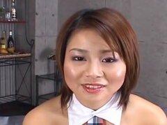 Haruka Aizawa en balancines tiene twat peluda lamido y perforado. Haruka Aizawa en balancines tiene twat peluda lamido y perforado