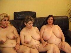 Tres abuelas gordas lesbianas diversión