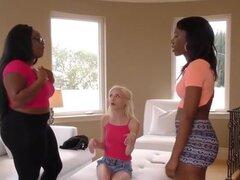 Piper Perri, corazón de Chanell y Jayden Starr - ZebraGirls. Trio de lesbianas interracial con Piper Perri, Chanell corazón Jayden Starr