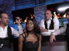 Chicos en el bar gangbang una chica negra - Nadia Jay Brad Hart, Filthy Rich, Jake Jace, Robby eco, Oliver Wrexse
