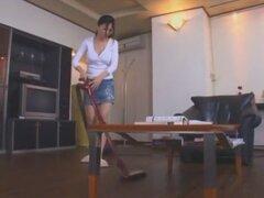 Loca chica japonesa Yuki Toma en ropa interior caliente, clip JAV Facial