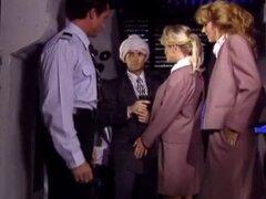 Follar por terroristas árabes en el avión