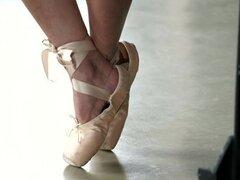 ballet footjob