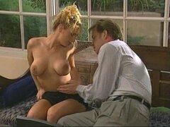 Ava Vincent las gargantas un dick y chepas inmediatamente después de él - Ava Vincent