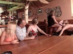 CALIENTE alemana 3 anal babes teen mom madura milf gangbang