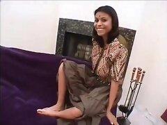 Falsos de Indian Babe, indio falso (Megan) dándole buena para chico al azar.