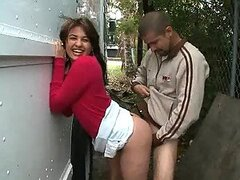 Cachonda latina divertida Esperanza Rojas obtiene su apretado ano follado en publico