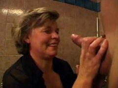 Video de mi abuela Whgrosero disfrutando de conseguir follada por mi mejor amigo!