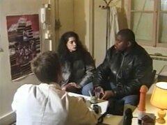 Megga touffes - francés muy peludas maduras Pauline o Charlotte doctor anal