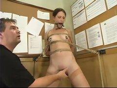 Ramon Lena, Lena Ramon ha tomado un bondage avanzado y variantes en la clase de sexualidad humana. Después de trabajar como voluntario para una demostración rápida, sus fantasías se convierten en muy reales. Reacción de Lena a la esclavitud es uno de exci