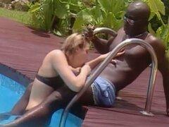 esposa blanca folla con negro francés en Jamaica. esposa blanca folla con negro francés en Jamaica