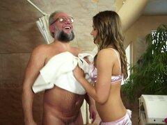 La próstata masajista de este viejo amigo de Ashley