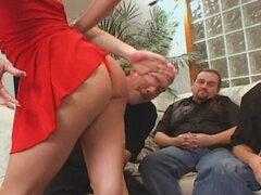 Caliente esposa Danica es enviado a la zorra esposa entrenador!!