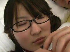 Japonesa caliente puta Momoka Nishina loco estilo perrito, video POV JAV