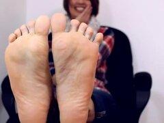 Alexis con el pie