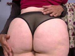 Mujer hermosa grande novato grande A-Hole Melody Monroe sabe su BBC 1