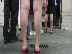 SpyCam caliente culo bajo la falda