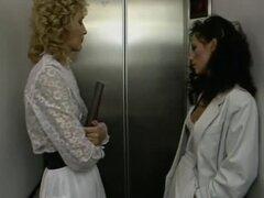 2 sexy hotties in elevator,