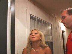 Slutwife recién casados hottie que Jasmine Tame aprende a tragar semen