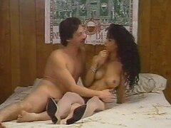 Heather Hunter orgasmos y obtiene Creampie por Robert Bullock