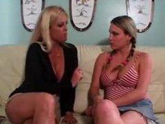 Brooke Hunter armonía rosa a las mujeres mayores mujeres jóvenes 6