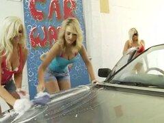 LAvado de autos lesbico