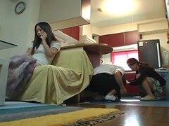 Joven esposa y suegra joven escena 5(censored)