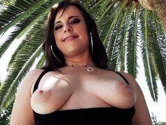 Sólo las hembras sluttiest como sus pendejos follan duro - Virgo Peridot, Chris Strokes
