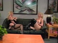 Kimberley Kupps 3some chica lesbiana lesbianas en lesbianas chica