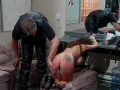 Retro senorita allows the guy to have fun with her sweet buttocks