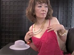 Puta japonesa exótica en escena increíble abuela JAV